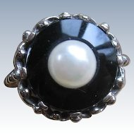 Vintage 10K Onyx Cultured Pearl Ring