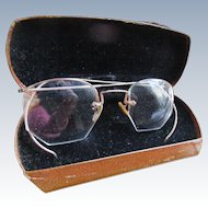 Older Vintage Shuron Wire Rimless Gold Fill Eye Glasses Original Case