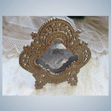 Older Vintage Small Ornate picture Frame