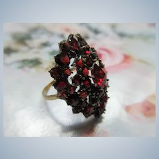 Older Vintage Bohemian Garnet Ring 10K Band