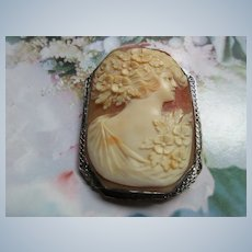 Vintage Deco Carved Shell Cameo Brooch
