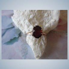 Older Vintage 10K Garnet Ring