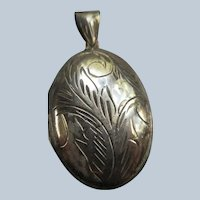 Vintage Sterling Silver Locket