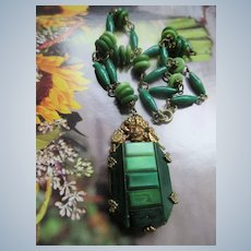 Vintage 30s Czech Green Glass Necklace