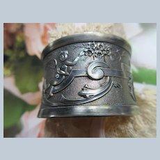 Victorian Silver Plate Napkin Ring Figural Cherubs