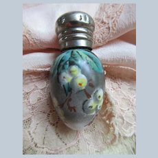 Lay Down Perfume with Painted Flowering Tree Swags