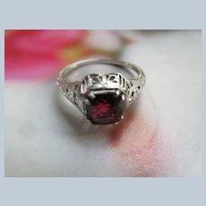 Vintage 18K White Gold Filigree Garnet Ring