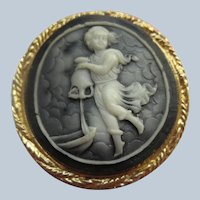 Vintage Resin Faux Cameo Brooch