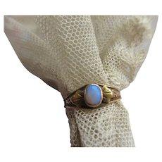 Older Vintage 10K Opal Ring