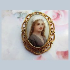 Older Vintage Porcelain Portrait Pin