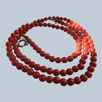 Older Vintage Coral Beaded Necklace