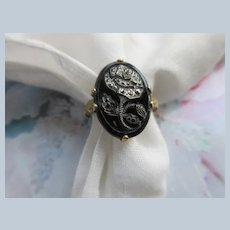 Vintage Glass Floral Ring in Gold Fill