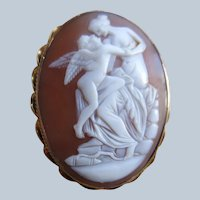Victorian Antique 10K Carved Shell Cameo Pin Eros and Venus
