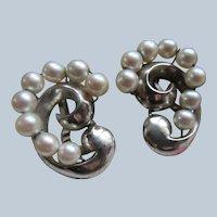 Vintage Sterling Cultured Pearl Clip On Earrings