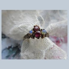 Antique Gold Victorian Paste Ring