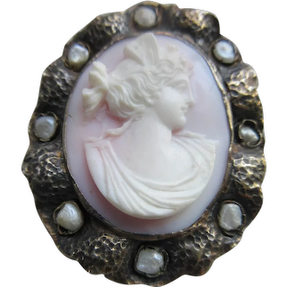 Antique Carved Shell Cameo Pin Pendant