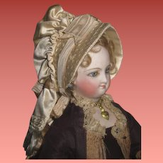 SPECTACULAR Antique Cream Silk French Fashion Doll Bonnet~MINT!!