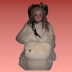FABULOUS Luxurious Vintage White Fur Wrap/Stole and Muff Set for your LARGE BEBE!