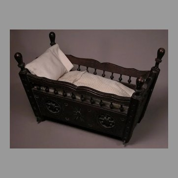 French Brittany Cradle for Early Dolls