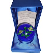 St Louis  France Paperweight 1976 Clichy Type Roses Box Certificate