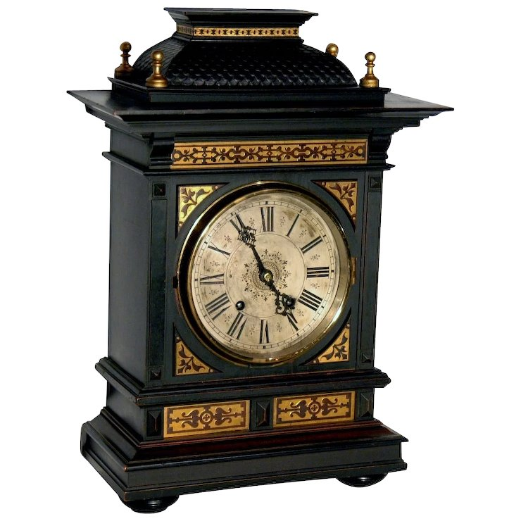 Antique style mantel clocks