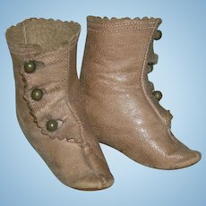 """ANTIQUE FRENCH FASHION BOOTS - 2 1/2"""" Long - Tan Kid - Three Brown Buttons With Perfect Button Holes!!"""