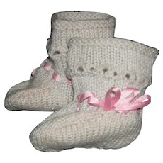 OLD - BOOTIE SOCKS - SMALL - Beige w/ Pink Satin ribbons - Knit - Open Bead Design - 2 1/2""