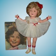 """1930's - SHIRLEY TEMPLE - Composition - 20"""" - Original Clothes - Music Book Included!!!"""