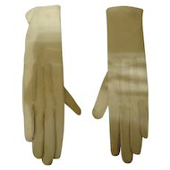 Lovely Pair of white kid gloves for a small girl