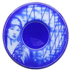 Fine blue over white glass centrepiece made by Steve Bradley, inspired by E.O.Hoppé (1878-1972) #2