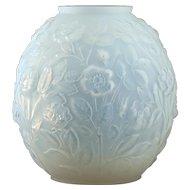 c.1930s Veryls France Art Deco opalescent roses vase