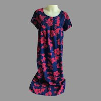 Vintage Long Hawaiian Cotton Muumuu Navy and Red Hibiscus