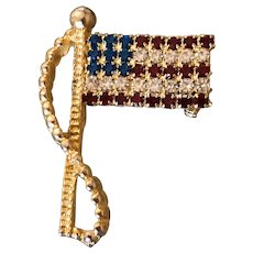 Vintage Rhinestone USA Flag Pin / Brooch