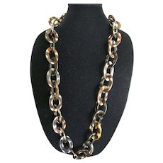 Vintage faux horn or tortoise shell lucite chain link necklace