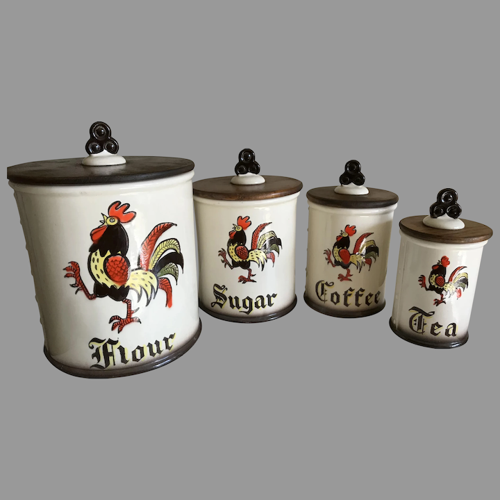 Vintage Metlox Poppytrail Red Rooster Pottery Canister Set Basingers Vintage Collectibles And Fashions Ruby Lane