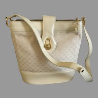 Vintage Cream Colored Gucci Handbag / Purse