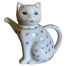 Porcelain Blue and White Figural Kitty Teapot