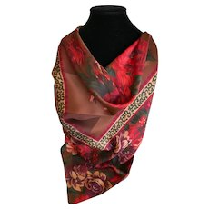Floral Design Polyester Scarf Made in Italy