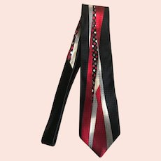 Vintage Art Deco Style Necktie in Black, Red, and White