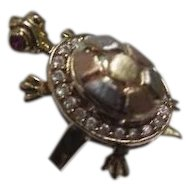 !4K Gold Retro Movable Turtle Ring--Opens