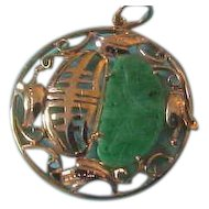 Vintage  14K  Yellow Gold & Jade Carved Fish Pendant