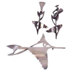 Salvador Teran Sterling Silver Stylized Fish Pin & Earring Set