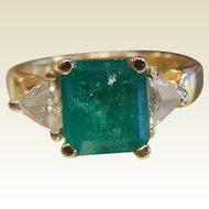 Fine 18K Gold Ring w/ Natural Emerald & Diamonds