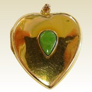 Fine Vintage 14K Yellow Gold and Natural Jade Heart Locket Pendant