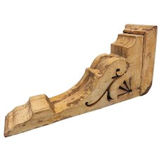 Antique Salvage Architectural Rustic Wood Corbel
