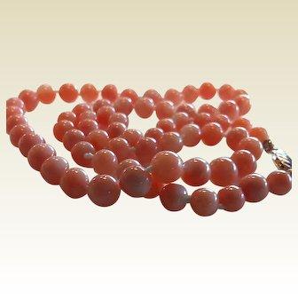 Fine Vintage Coral necklace