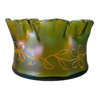 Loetz Gelbgrün Enameled Bohemian Art Nouveau Iridescent Glass Bowl/Vase, DEK I/107, ca. 1900