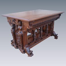 Magnificent Large and Ornately Carved ANTIQUE Oak Center Table.