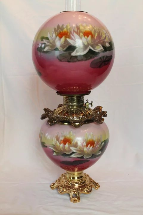 Wonderful Rare Gone With The Wind Oil Lamp Hand Painted