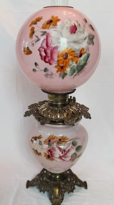 Wonderful Gone With The Wind Oil Lamp Hand Painted